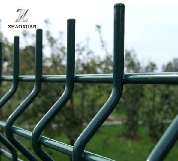 3D Curved Wire Mesh Fence Use Cases
